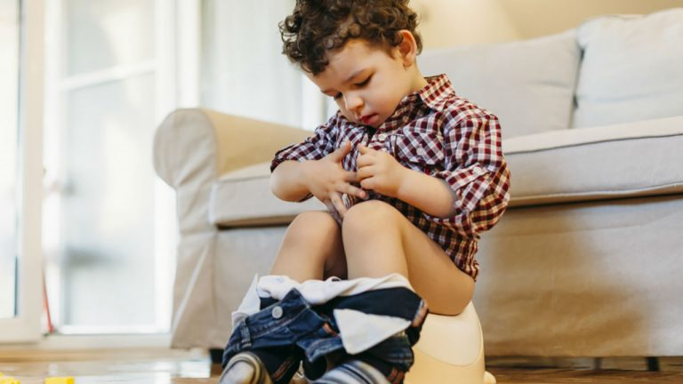 Desfralde: Como tirar a fralda do bebê – O Guia Completo