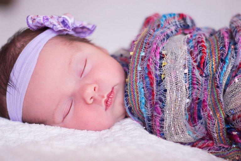 Como trocar a fralda do bebê – passo a passo