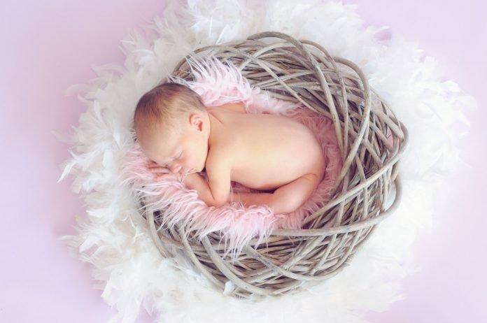 como fazer o bebe dormir