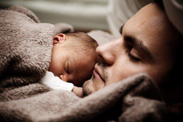 Simpatias para cólicas de bebê