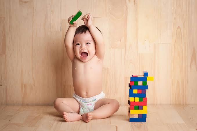 Melhores brinquedos para bebês de 6 a 12 meses